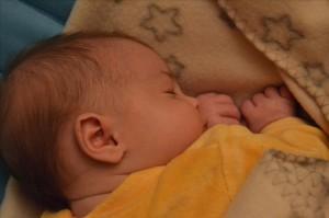 bebe 10 mois se reveille beaucoup la nuit