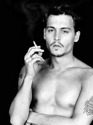 johnny-depp-shirtless-2.jpg